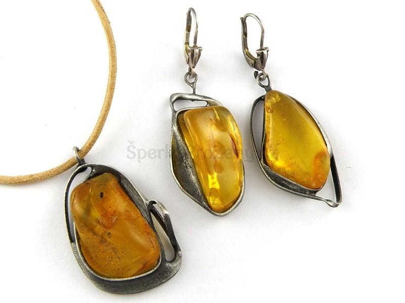 Jantar souprava šperků VEGA - náušnice a náhrdelník - Šperky pro ženy e2fda916e0f